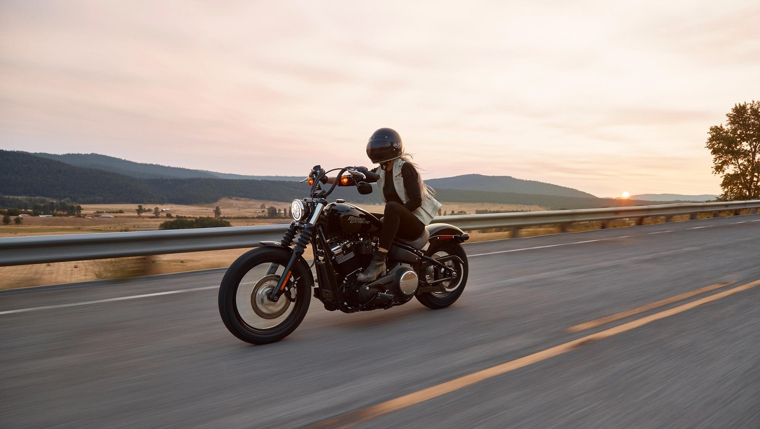 Read more about the article Best Motorcycles For Women Riders