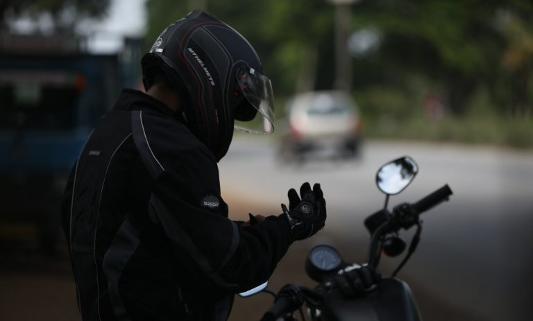 Read more about the article A Complete Guide To Beginner Motorcycle Gear And Equipment
