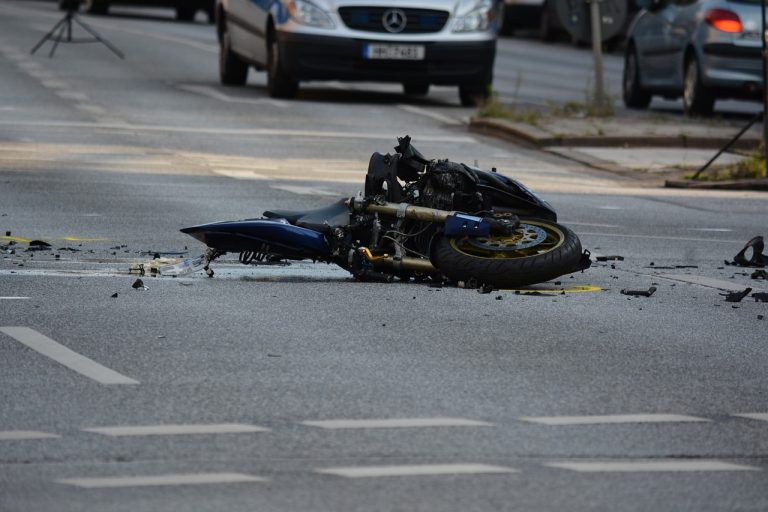 Read more about the article How to not die on a motorcycle