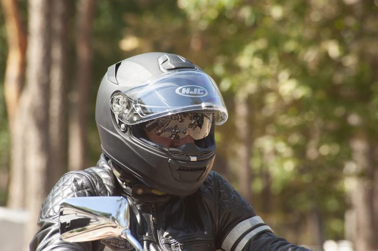 Read more about the article Best Beginner Motorcycle Helmets