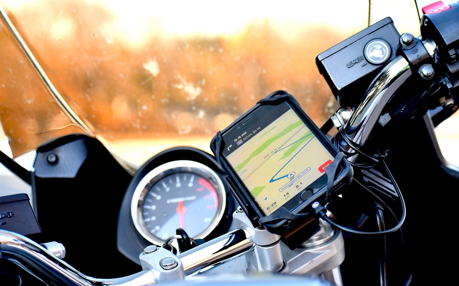 Read more about the article Best motorcycle phone mount