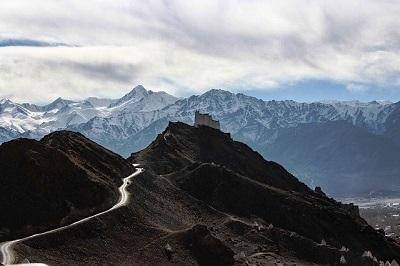 Delhi to Ladakh Multi day motorcycle tour