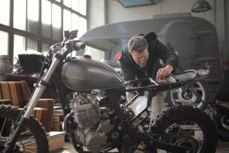 Read more about the article How to clean a motorcycle carburetor without taking it apart