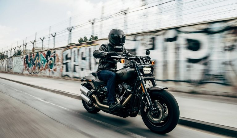 Read more about the article How to apply motorcycle brakes properly?
